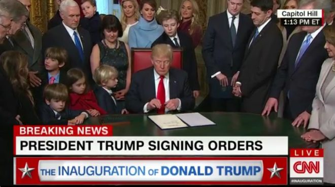 Beiktatták az új Amerikai elnököt. Az Amerikai Egyesült Államok 45.elnöke D.Trump.